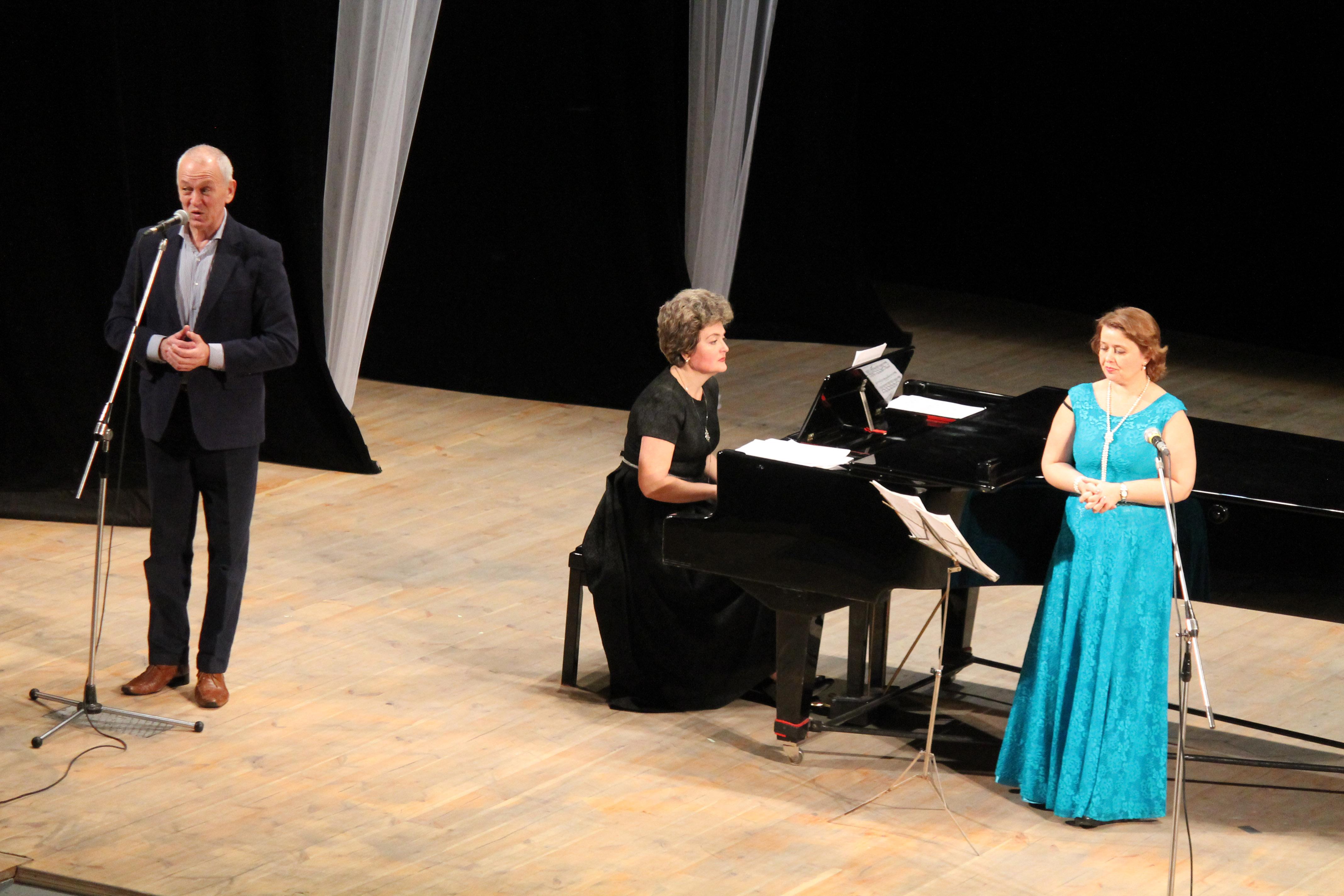 Оперна співачка Валентина Матюшенко виступила у філармонійному центрі (Фото. Відео)