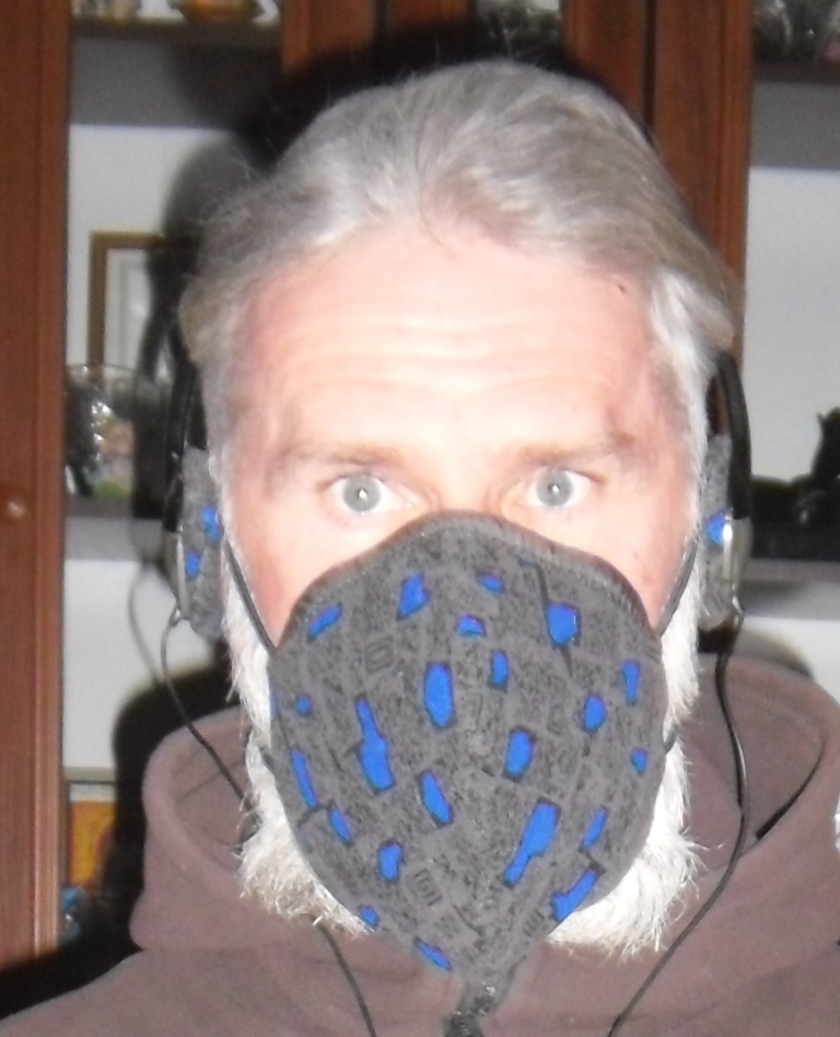 Козелецький винахідник створив дизайнерські захисні маски (Фото, Відео)