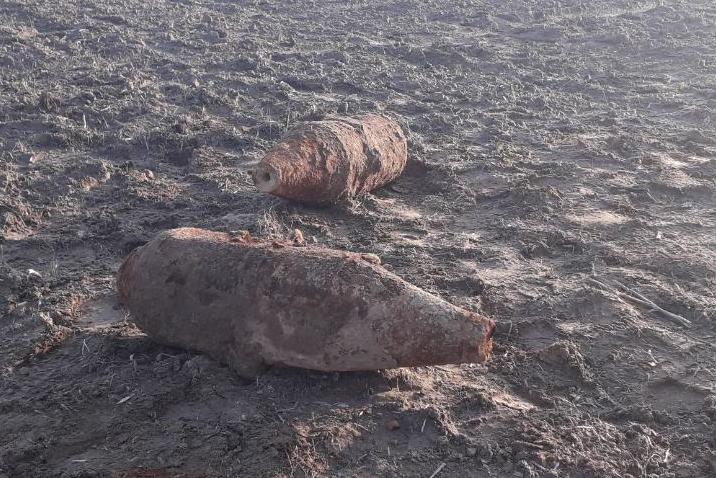 Чернігівські піротехніки знищили дві фугасні авіаційні бомби часів Другої світової війни (Фото)