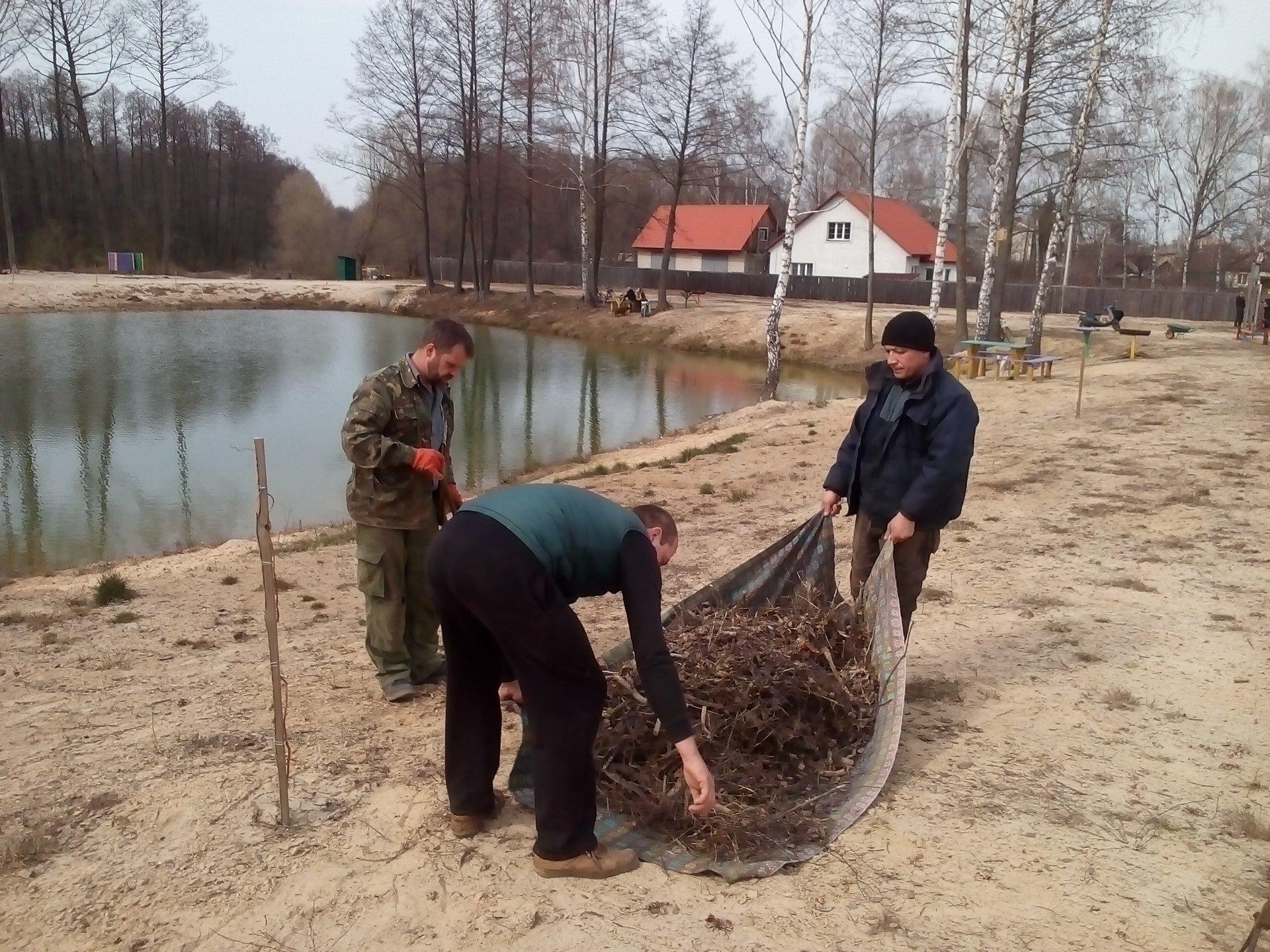 У Сновську відкрили сезон упорядкування Герасимового озера (Фото)