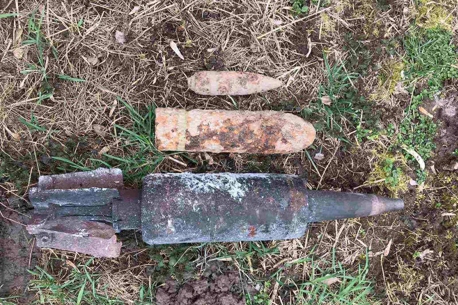 На Чернігівщині піротехніки знищили снаряди Другої світової війни (Фото)