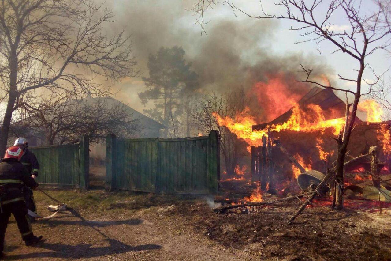 На Чернігівщині вогнеборці ліквідували 28 пожеж (Фото)