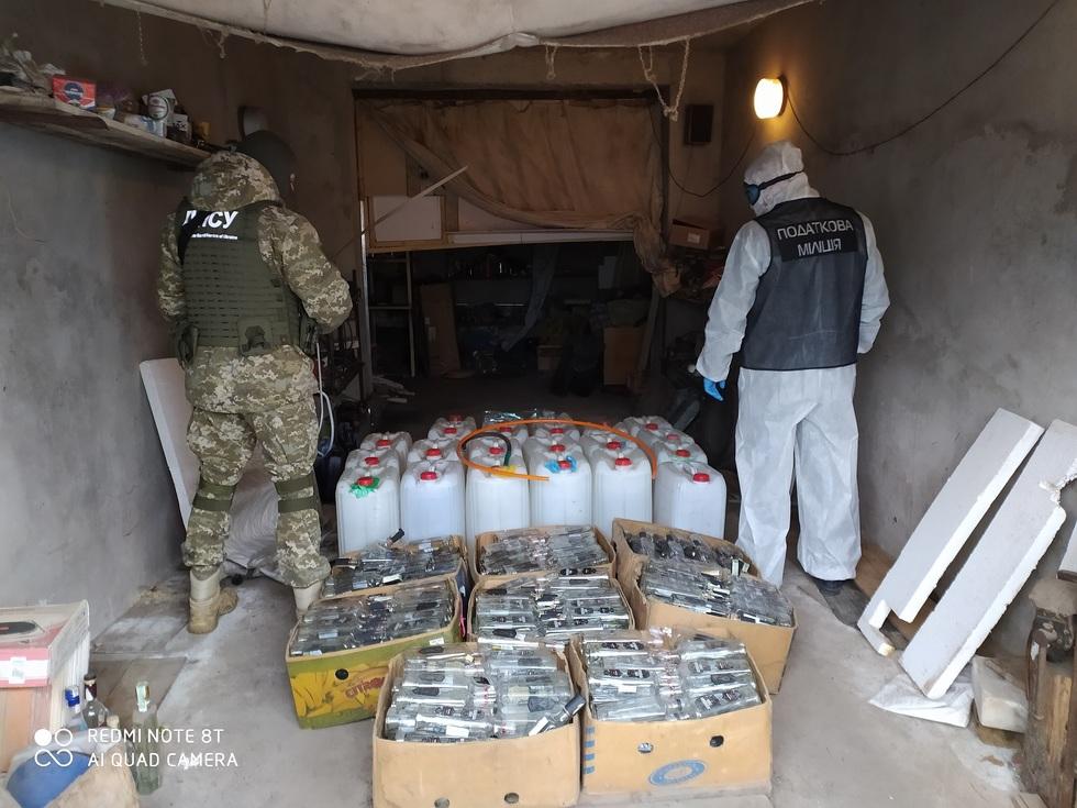 У Чернігівській області викрили виробників та реалізаторів алкогольного сурогату (Фото)