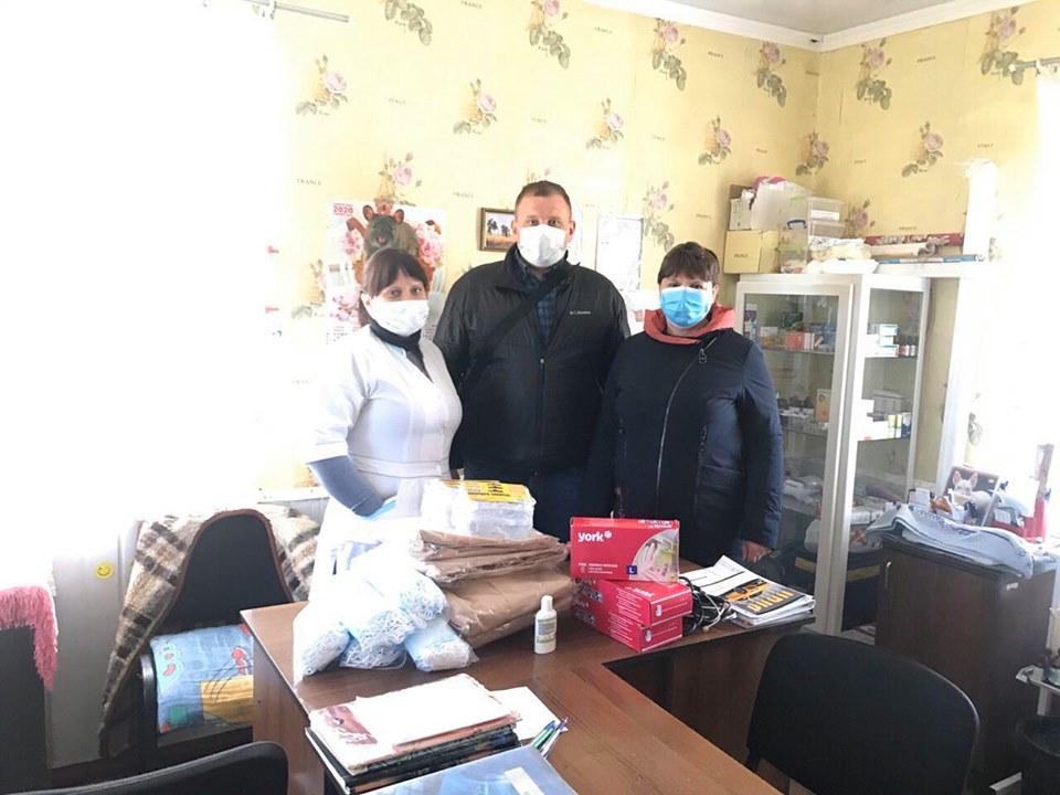Бахмацькі медики отримали допомогу від благодійного фонду «Наш край»