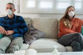 web3-couple-coronavirus-couch-relation-shutterstock_1677301261