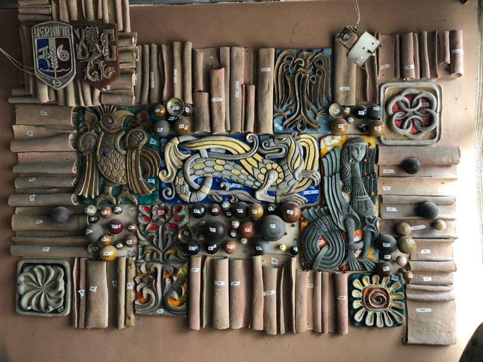 Декоративне панно з «Градецького» переїхало до музею (Фото)