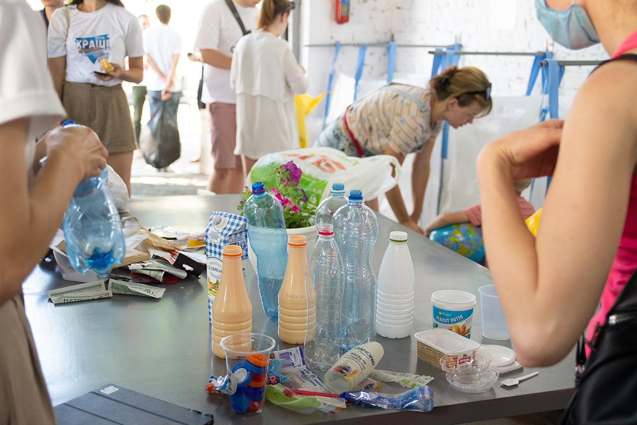 У Чернігові почала роботу перша освітня станція сортування (Фото)