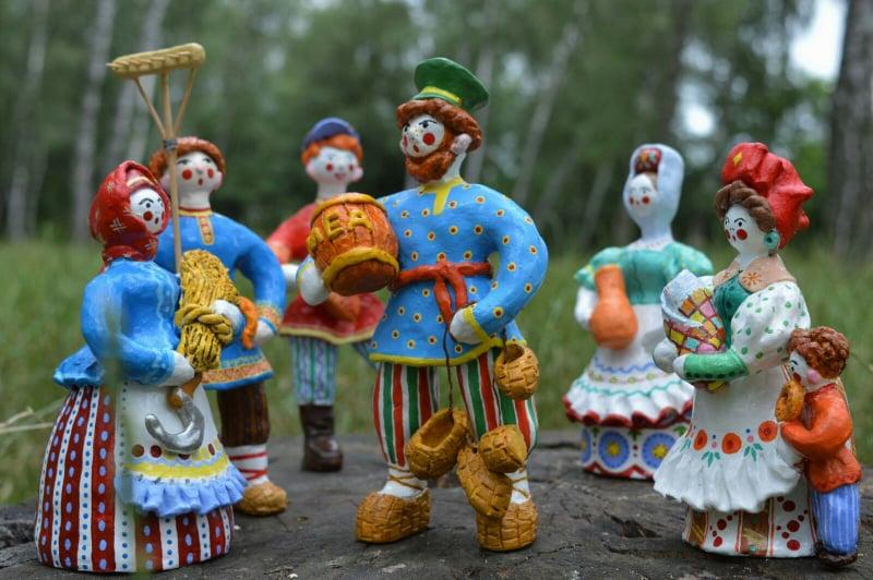 Глиняні ляльки майстрині з Чернігова стали популярними серед колекціонерів світу (Фото)