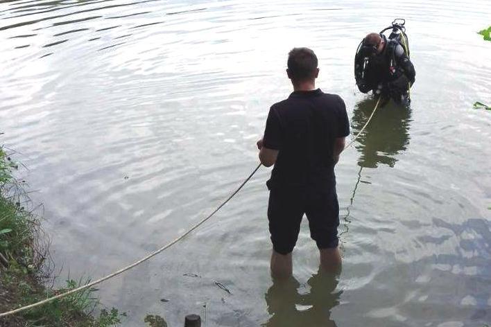 На Голубих озерах потонув 29-річний чернігівець (Фото)