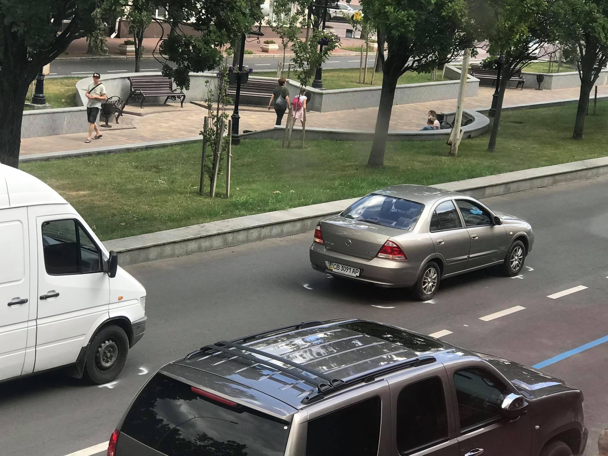 Потрійна ДТП у центрі міста (Фотофакт)
