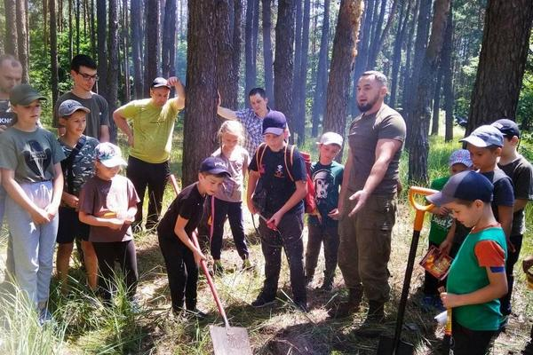 Ніжинські лісівники та пластуни провели пізнавальний захід (Фото)