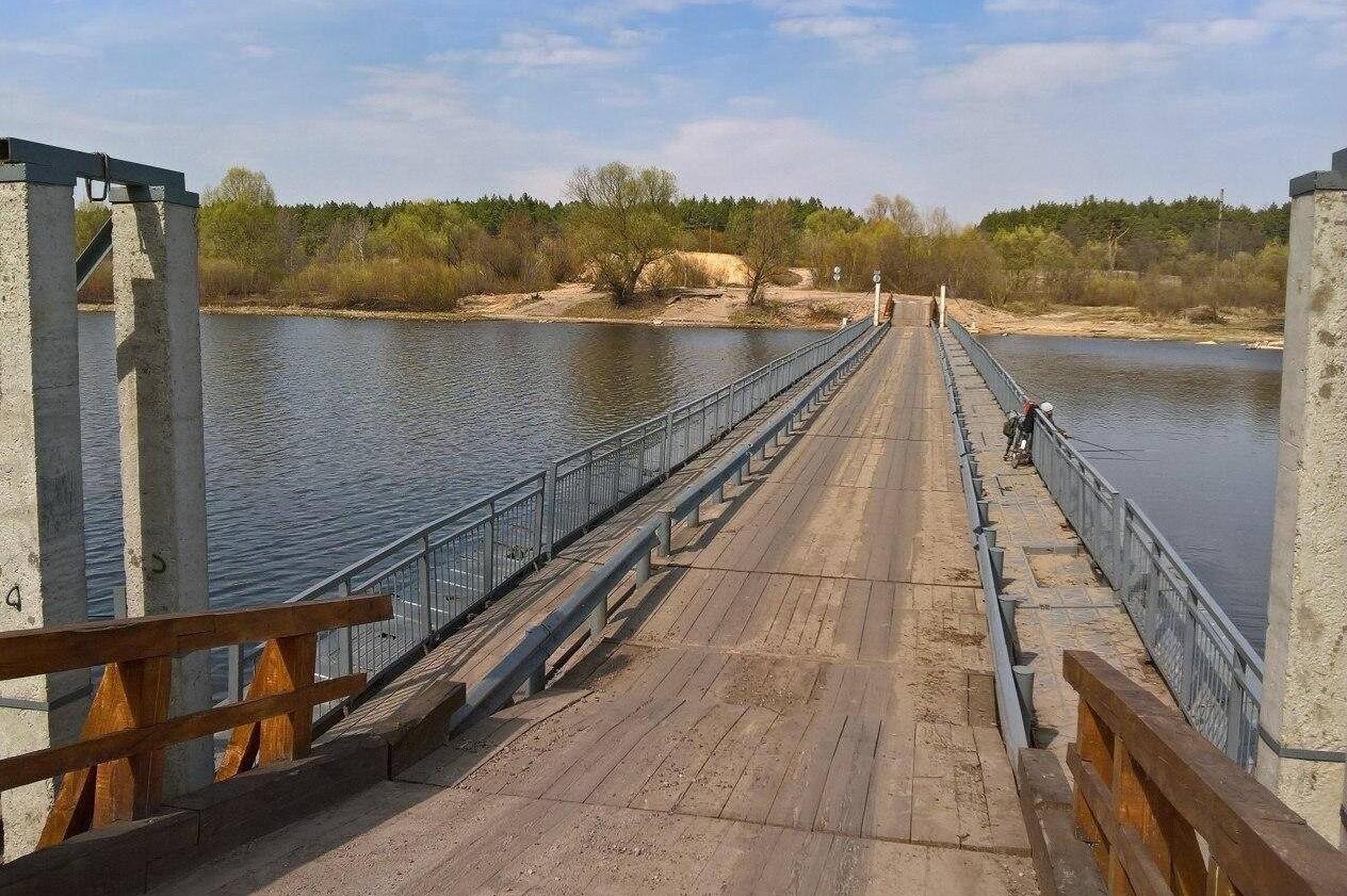 Понтонний міст через Десну відремонтували