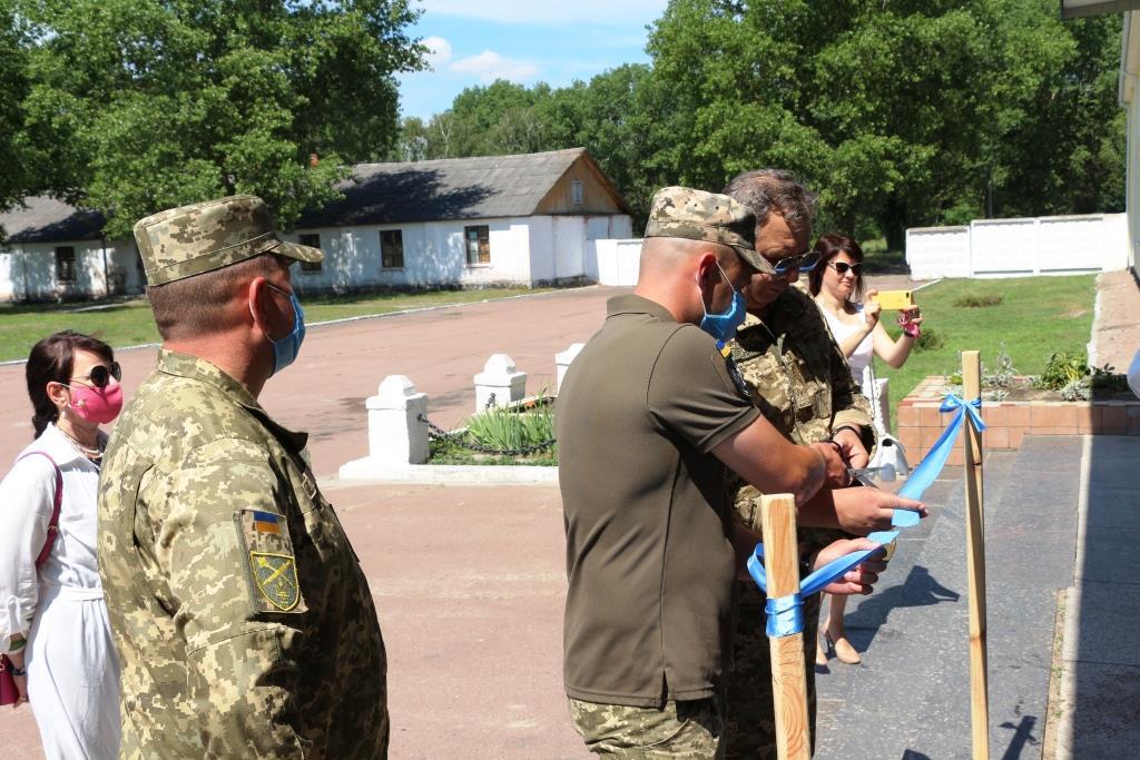 На Чернігівщині здали в експлуатацію нові гуртожитки для контрактників (Фото)