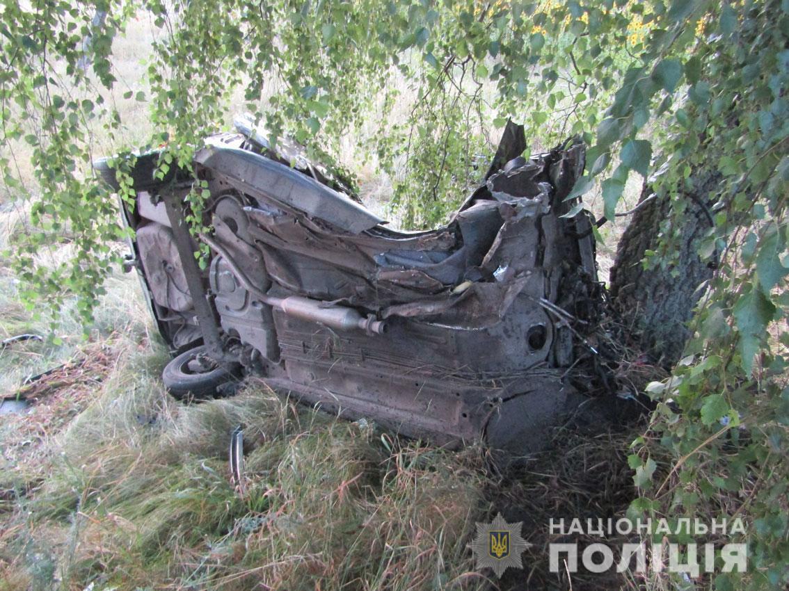 Смертельна ДТП біля Мени: водій і пасажир загинули (Фото)