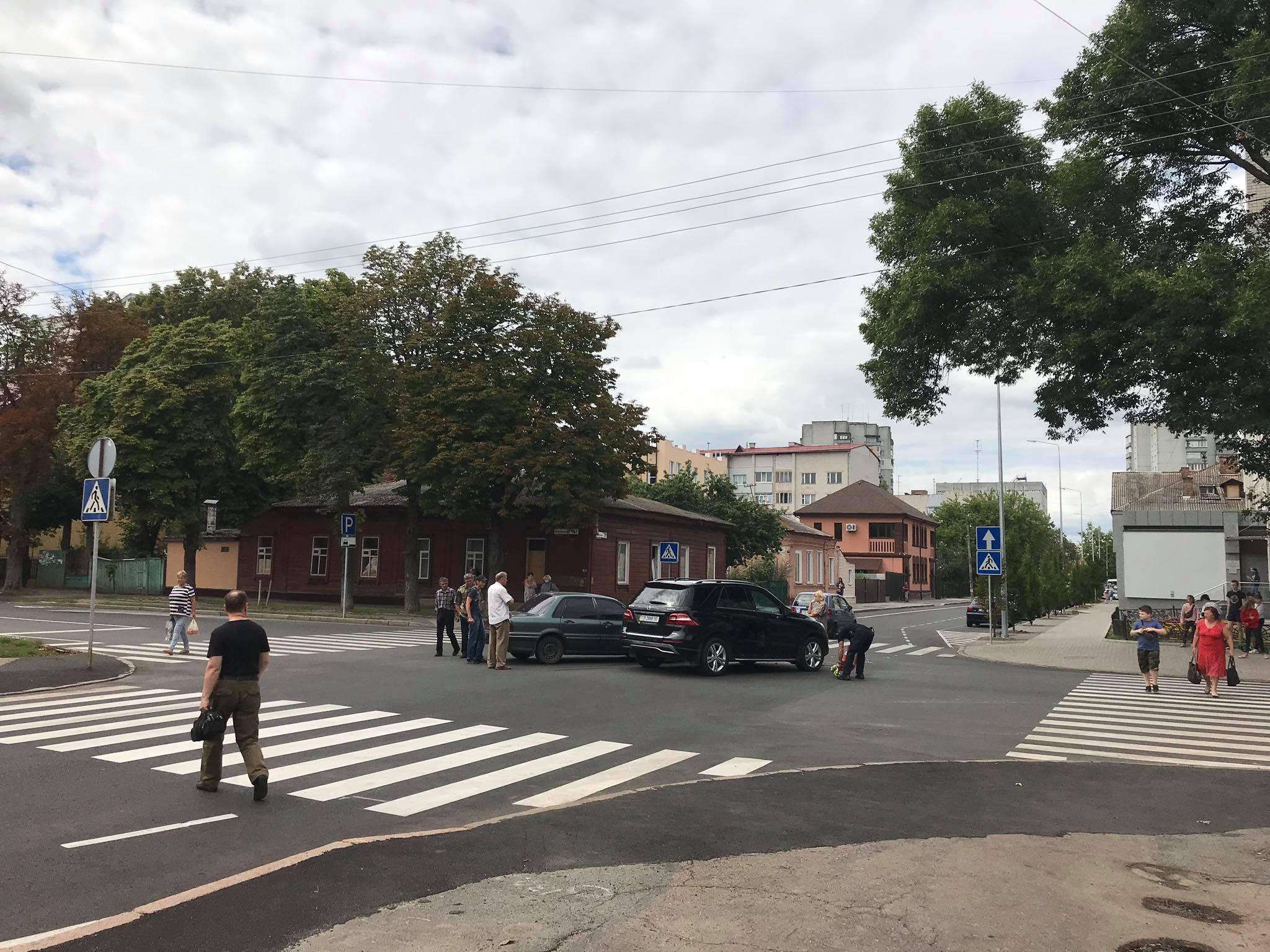 ДТП у центрі Чернігова (Фотофакт)