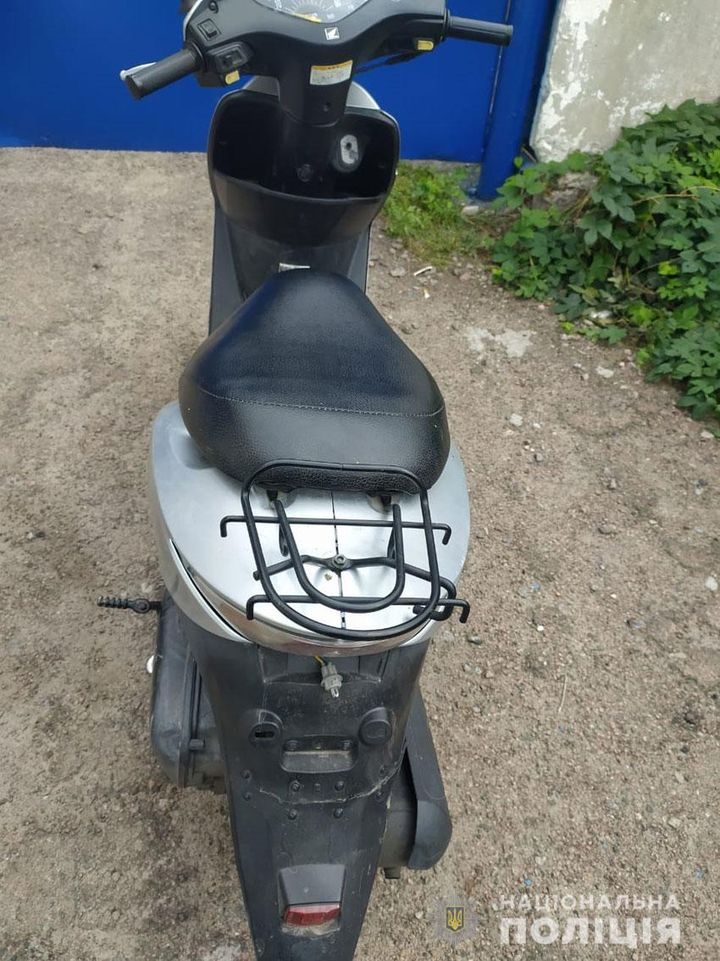 На Чернігівщині п'яний водій скутеру пропонував хабар поліцейським (Фото)