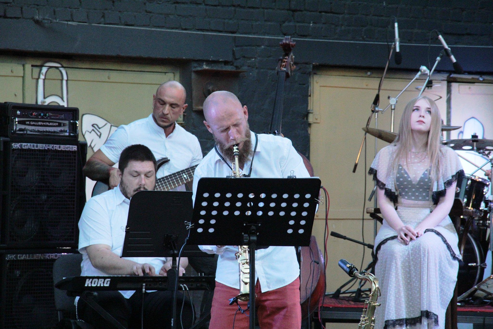 «Jazz-куліса vol.XIV»: чернігівці насолоджувалися джазом (Фото)