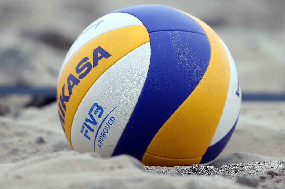 Юні-волейболістки-зіграли-на-чемпіонаті-України