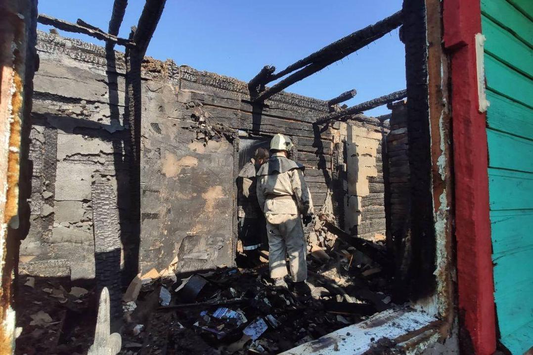 На Чернігівщині згорів житловий будинок (Фото)