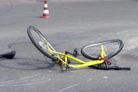 У Чернігові на Любецькій збили велосипедистку