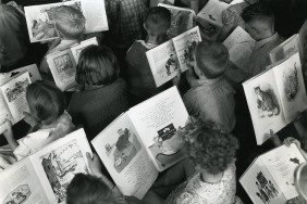 1200px-Children_reading_c.1960_'Celebrating_World_Book_Day'_(15963758684)