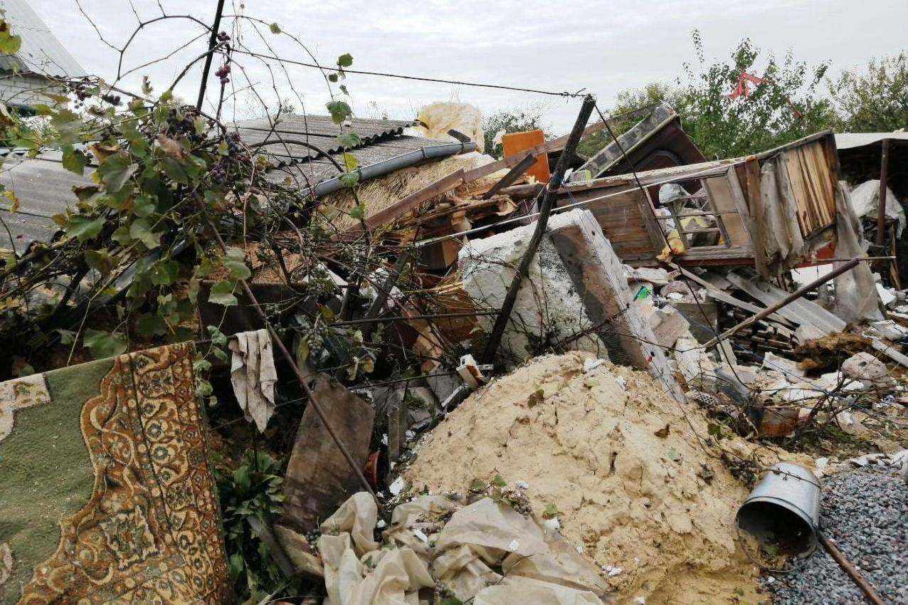 Біля Старого Білоусу в результаті вибуху будинку постраждала 11-річна дитина (Фото)