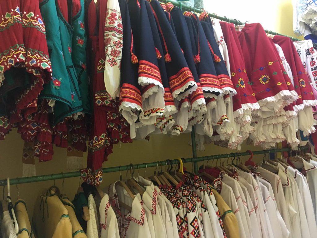У міському палаці культури Чернігова зберігається більше 2000 костюмів