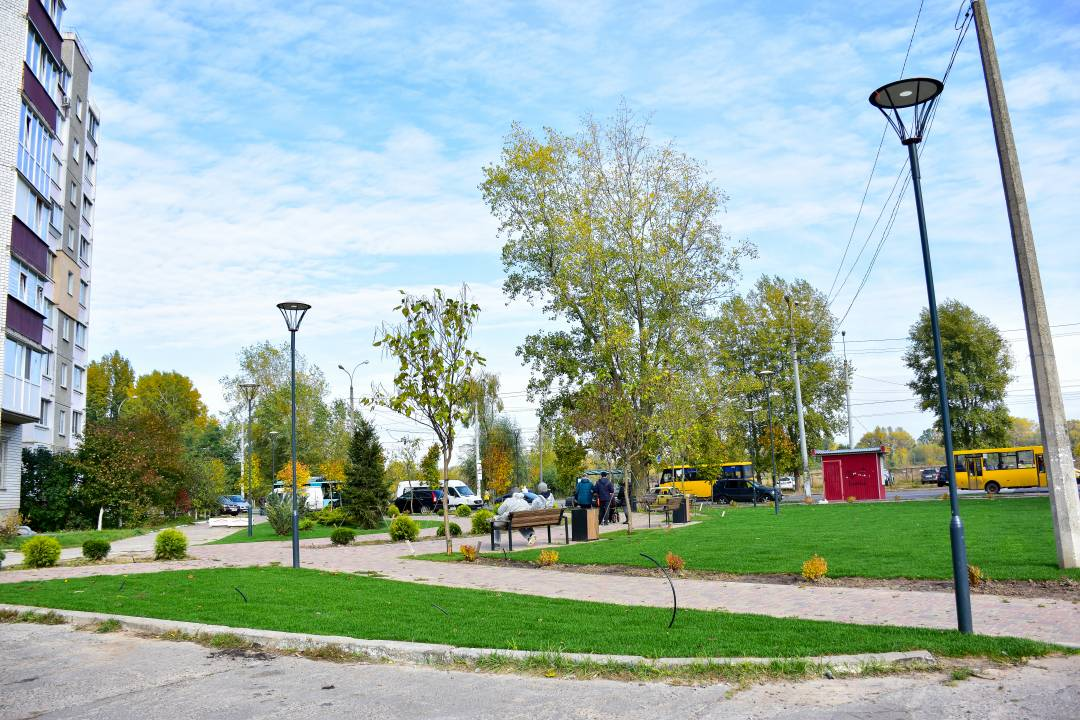 У Чернігові на Масанах облаштували новий міні-сквер (Фото)