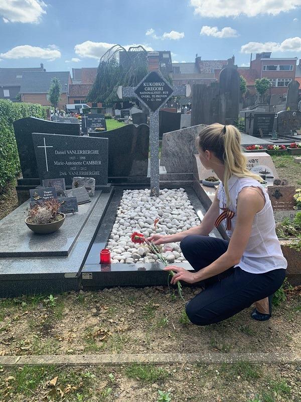 У Бельгії доглядають за могилою чернігівського солдата (Фотофакт)