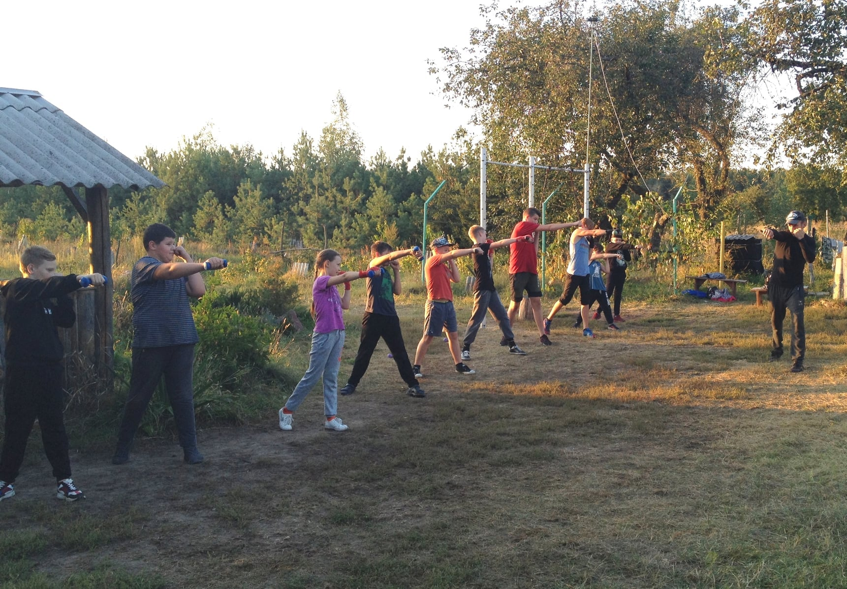 У сільській хатині в Рогізках Максим Шерело створив фізкультурно-оздоровчий комплекс (Фото)