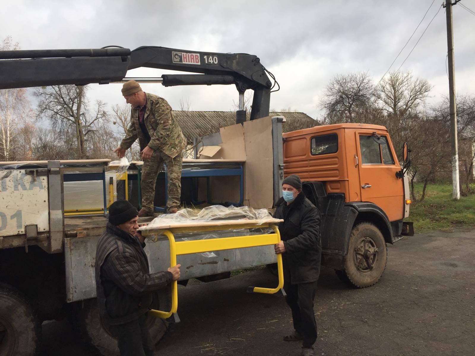 Депутат обласної ради допомагає Михайло-Коцюбинській громаді (Фото)