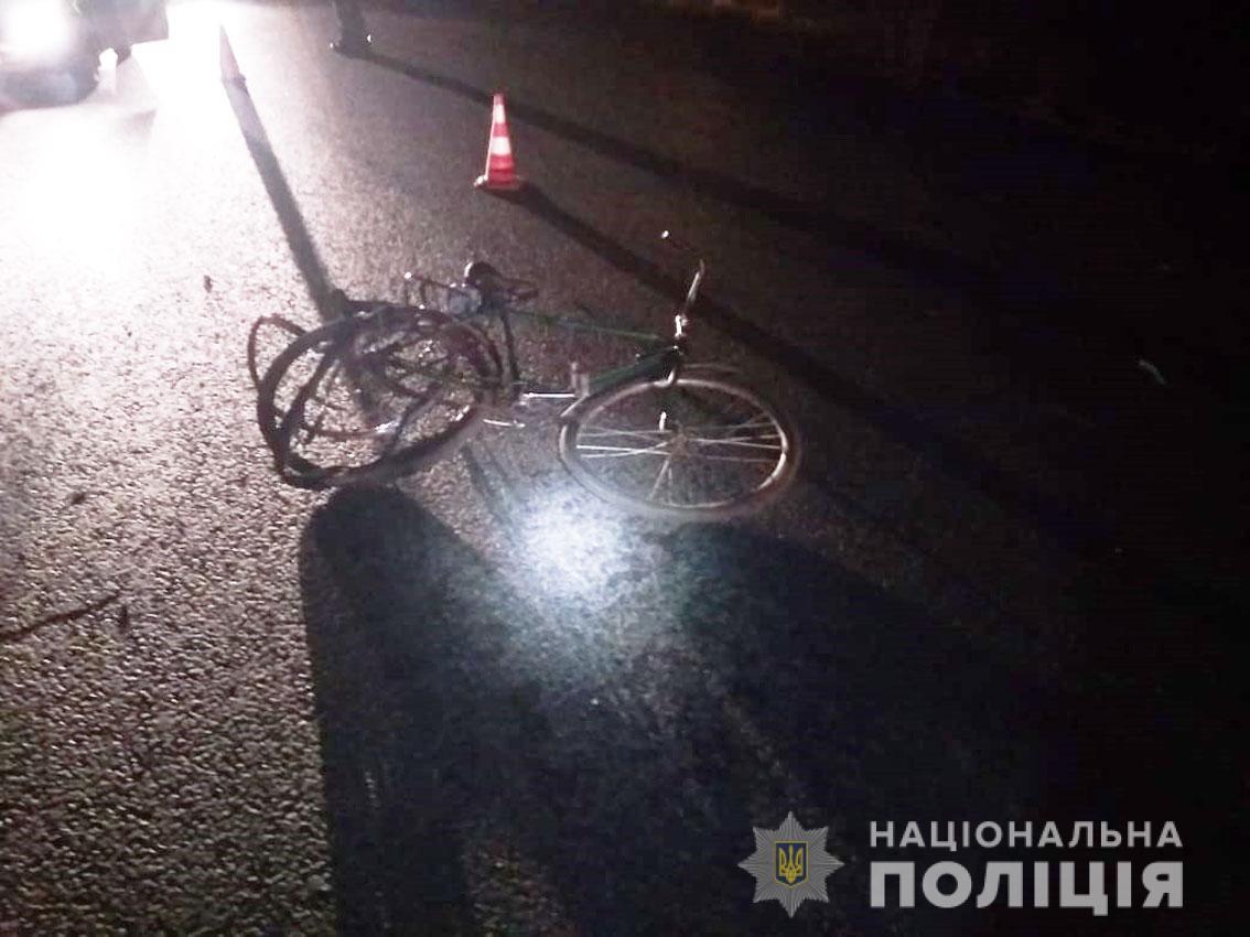 Поліція розслідує обставини смертельної ДТП на київській трасі (Фото)