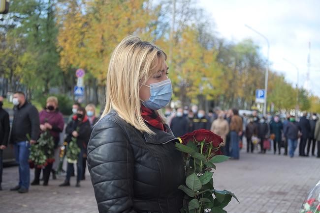У Чернігові попрощалися із заступницею голови ОДА Наталією Романовою (Фото)