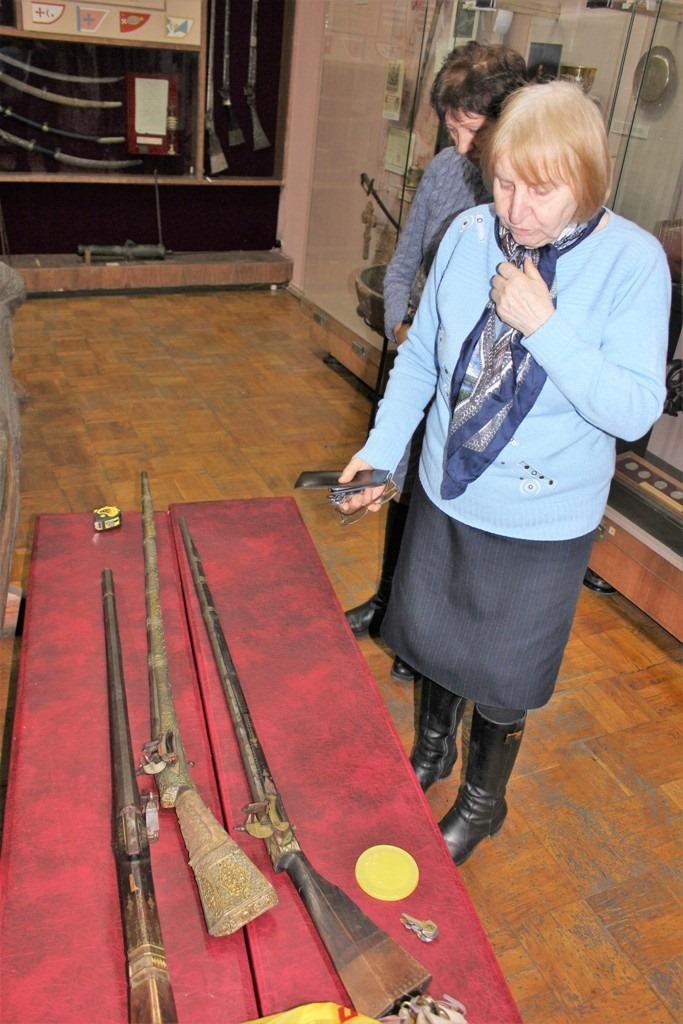 У музеї імені Тарновського складають каталог зброї і оновлюють постійну експозицію (Фото)