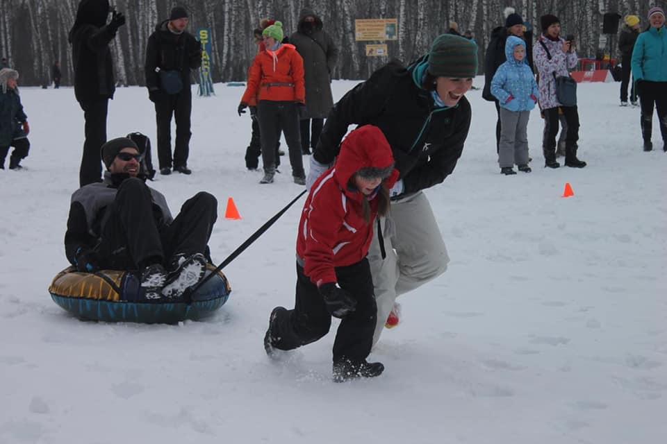 У Чернігові пройшли міські змагання «Мама, тато, я – лижна сім'я!» (Фото)