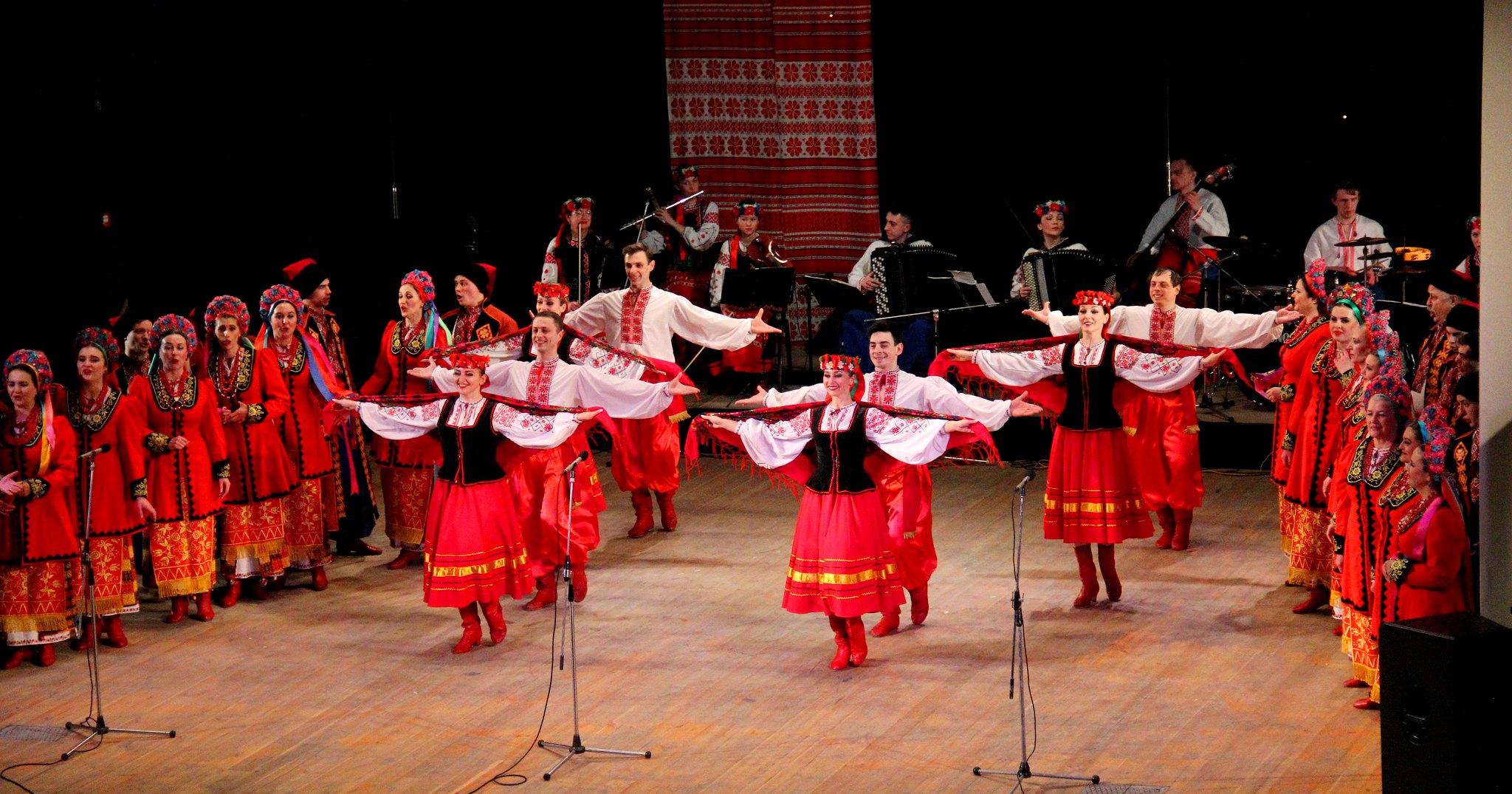 У Чернігові Академічний народний хор запрошував своїх шанувальників до весни (Фото)