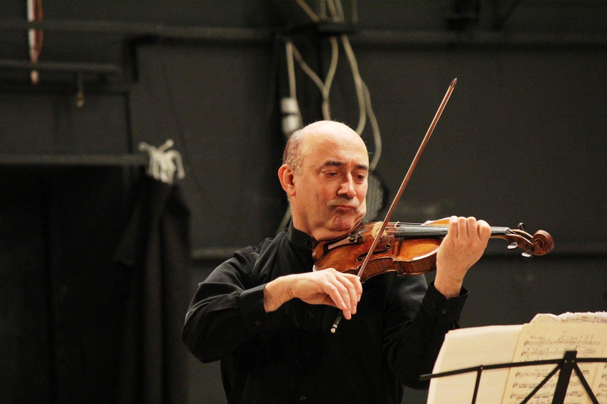 Відомі музиканти подарували чернігівцям концерт скрипкової музики (Фото)