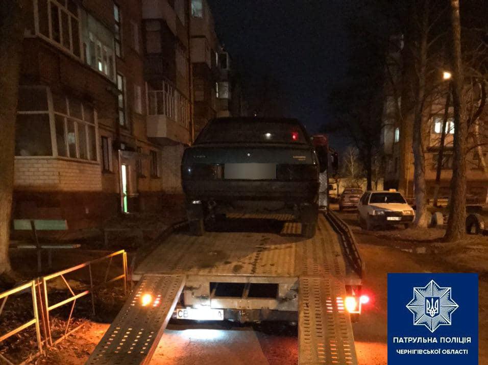 У Чернігові нетверезий водій скоїв ДТП (Фото)