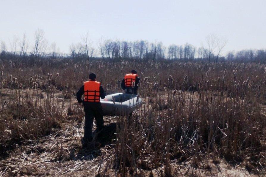 Зникла ще взимку: у Прилуках рятувальники підняли тіло потопельниці (Фото)