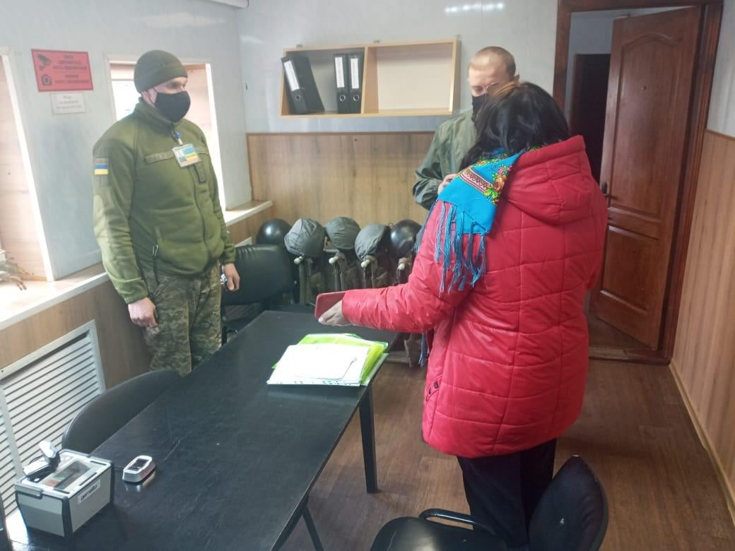 На Чернігівщині прикордонникам пропонували хабар за відсутність негативного результату тестування на COVID-19 (Фото)