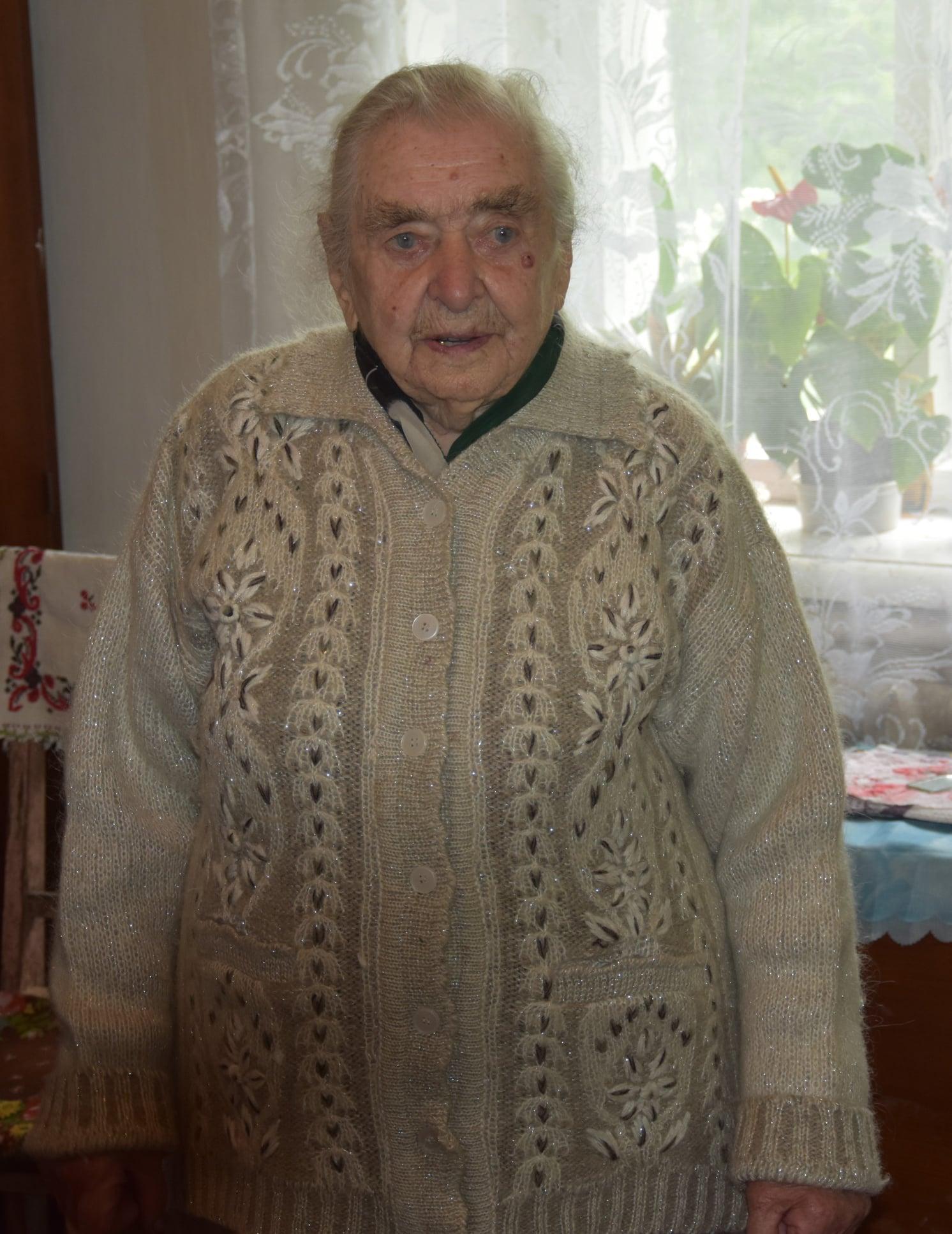 У Носівській громаді 101-річна жінка готує смачнючі вареники (Фото)