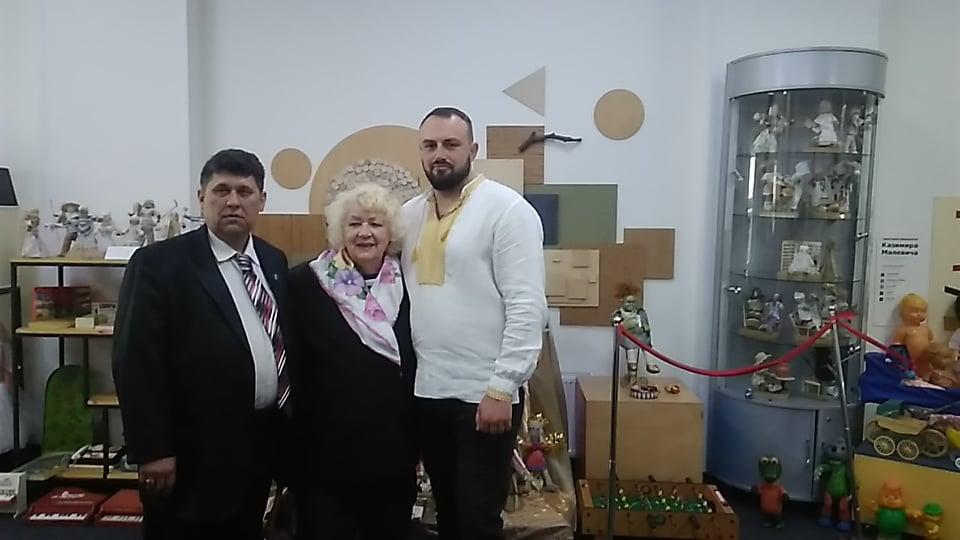 У Чернігові презентували експонати музейного комплексу «Добрянець» (Фото)