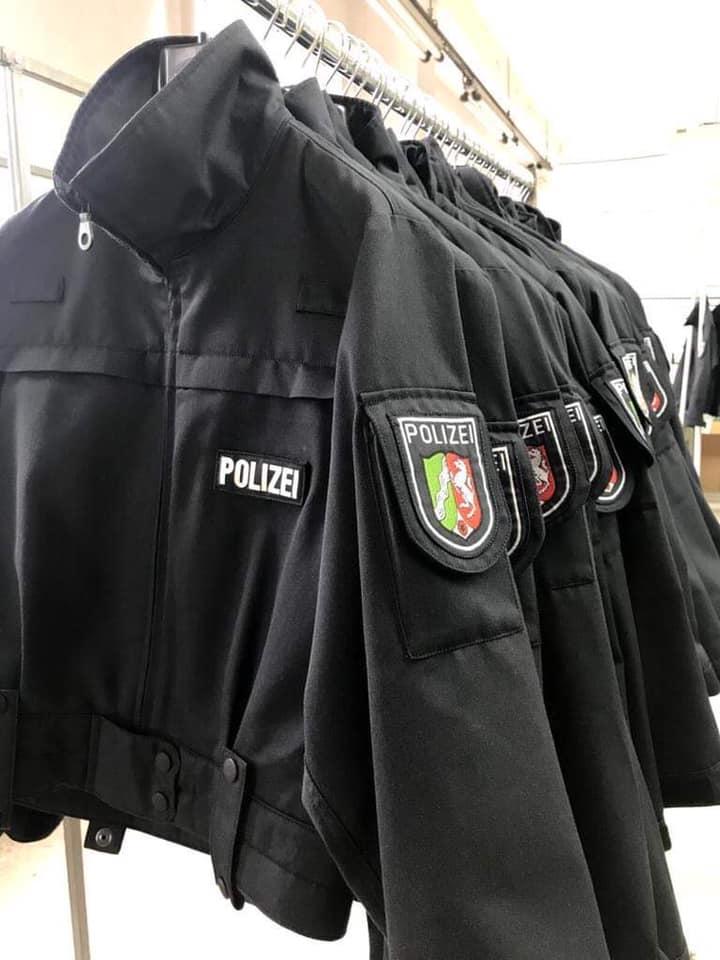 Чернігівська швейна фабрика відшиває форму для кінної поліції Німеччини (Фото)