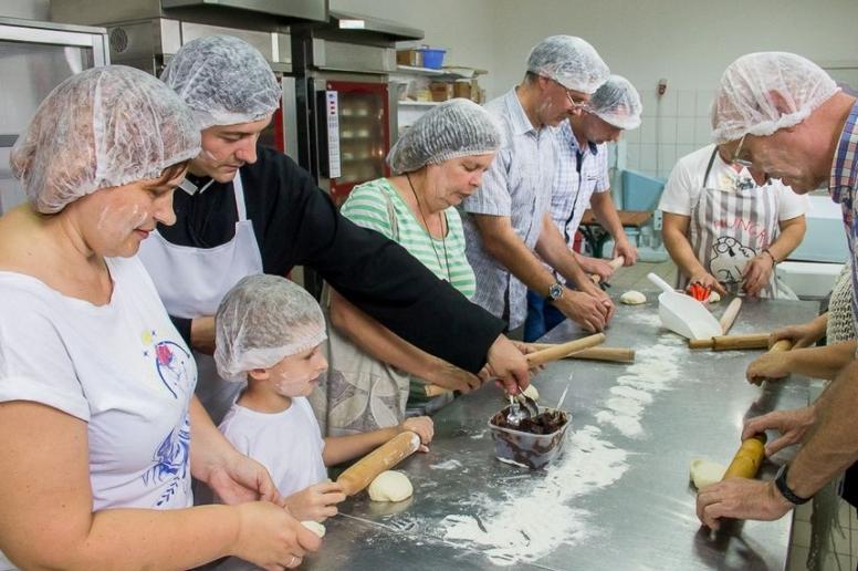 На Менщині навчають випікати хліб за старовинними рецептами (Фото)
