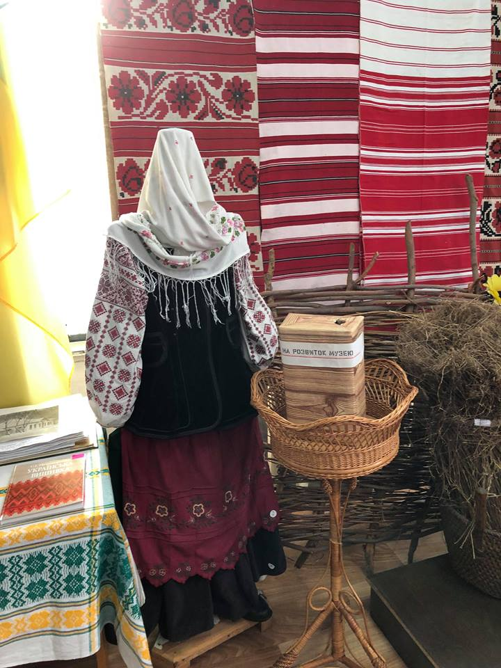 На Чернігівщині зберігається колекція вишиванок і рушників з усіх куточків області