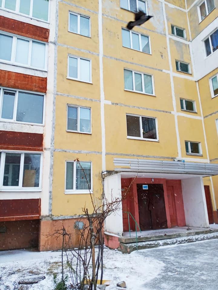 На Чернігівщині дитині, позбавленій батьківського піклування, купили квартиру (Фото)