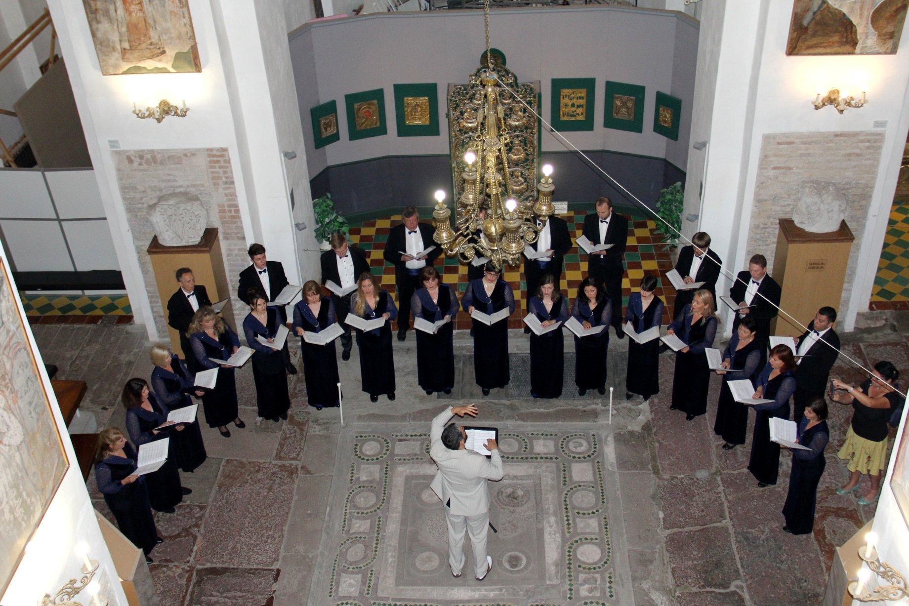 Хор Бортнянського виступив із концертною програмою у Борисоглібському соборі (Фото)