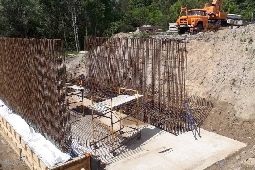 У Сосницькій громаді капітально ремонтують міст (Фото)