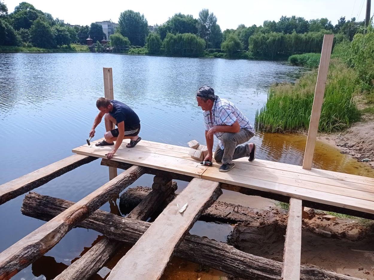 У громаді на Чернігівщині ремонтують міст (Фото)