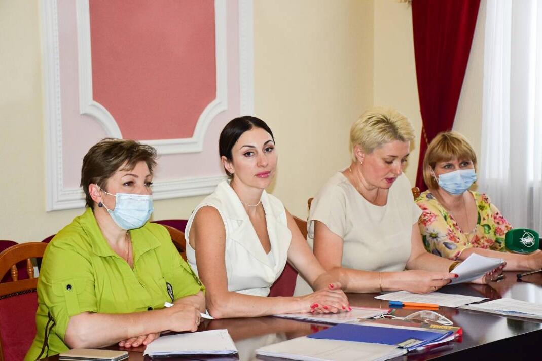 Обрано ще трьох керівників шкіл у Чернігові